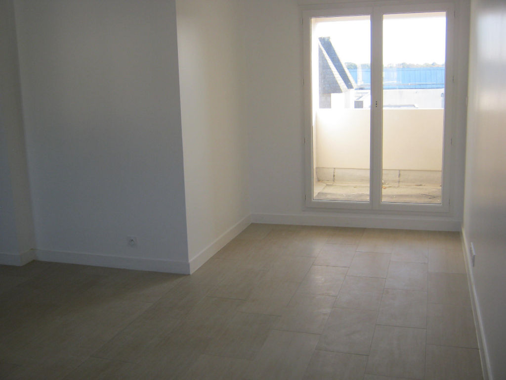 APPARTEMENT NEUF T4 LE RELECQ KERHUON 4/8